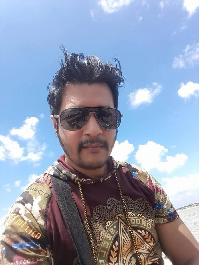 Mamnun Hasan Emon (Bangladeshi Actor ) Short Biography & Pictures 1