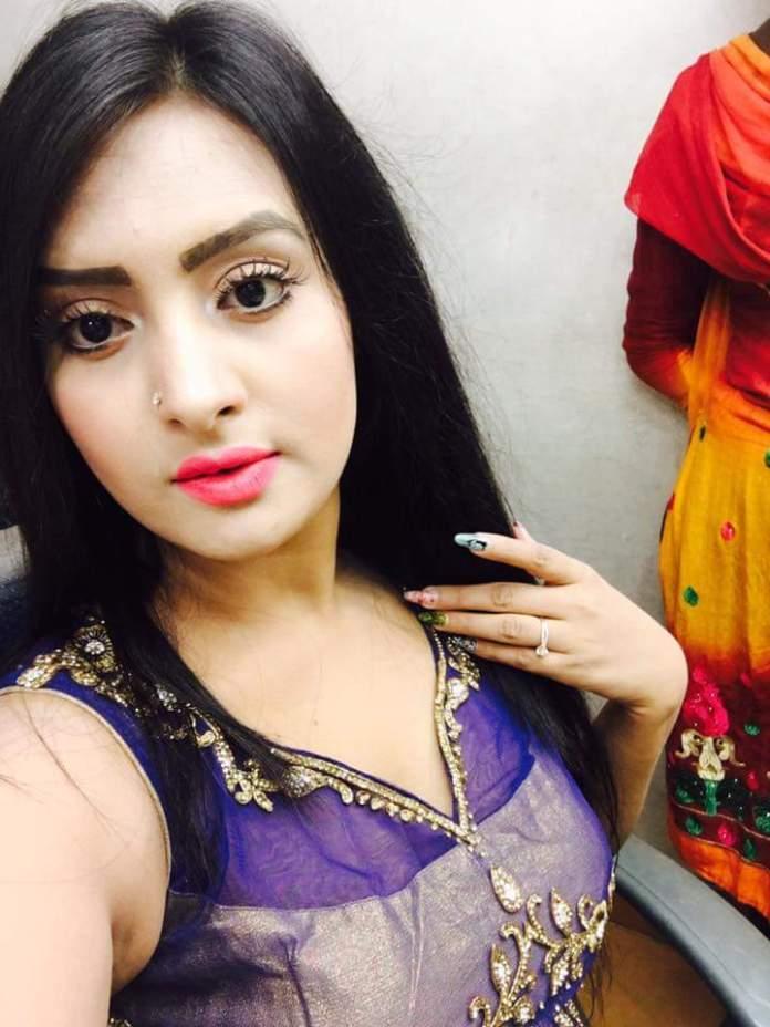 Bangladeshi Actress Nijhum Rubina Short Biography & Pictures 4