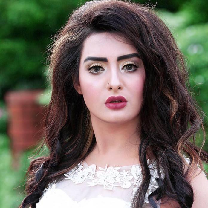 Bangladeshi Actress Nijhum Rubina Short Biography & Pictures 5