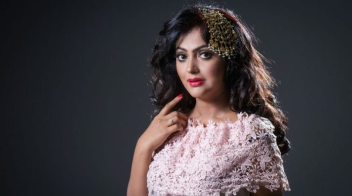 Bangladeshi Actress Nipun Akter Biography & Pictures 4