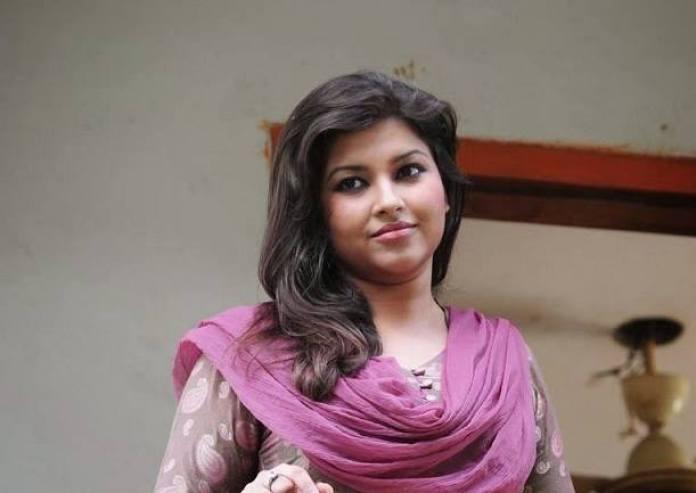 Bangladeshi Actress Nowrin Jahan Khan Jenny Short Biography & Pictures 9