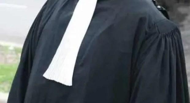 معطيات جديدة عن قضية  المحام الذي تعرض للرشق بالحجارة أمام محكمة انزكان.