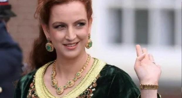 +فيديو: صحفية تحكي تفاصيل لقائها المفاجئ مع الأميرة لالة سلمى في إيطاليا.