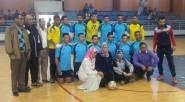 (+صور)عائشة إيدبوش تفتتح ديربي في كرة القدم بالقاعة المغطاة بأكادير