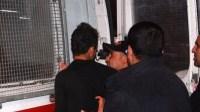 عناصرالأمن بتارودانت تلقي القبض على شخص نصب على مجموعة من المواطنين لتوظيف ابنائهم مقابل مبالغ مالية