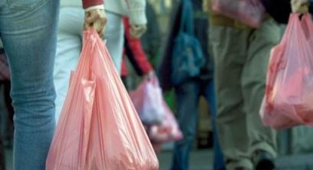 تفاصيل قانون منع الأكياس البلاستيكية، الذي يتوعد المخالفين قبل تنزيله في الفاتح من يوليوز المقبل قبل كوب22