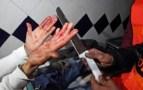 """لاعب حسنية أكادير يتعرض ل""""الكريساح""""، أعقبة سرقة ساعته اليدوية و تهشيم زجاج سيارته."""