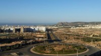 سكان الحي المحمدي بأكادير يطالبون بإحداث خطوط ومواقف لسيارات الأجرة الكبيرة