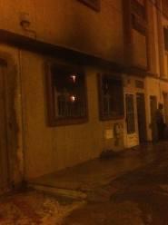 """عاااجل بأكادير وبالصور:نيران تسبب فيها""""شارجور"""" تحول منزلا إلى رماد،وحالة استنفار تعقب الحادث"""