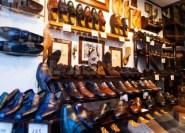 محاولة سرقة حذاء تكلف مغربيا الحبس 24 شهرا