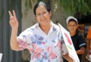 """زوجة عمدة أكادير السابق تطالب بمحاكمة شباب""""البيجيدي"""" بهذا القانون."""