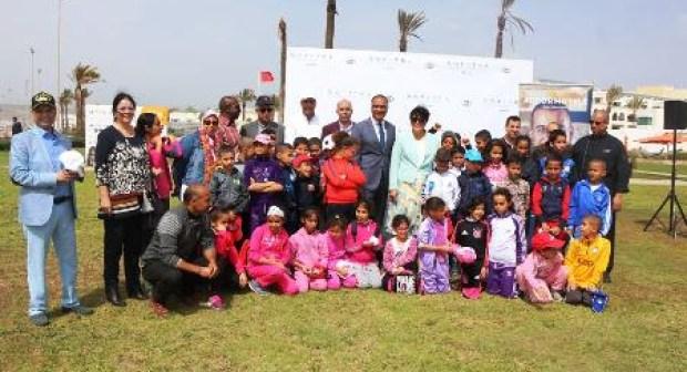 """""""الطبخ"""" يجمع والي أكادير بنزلاء من مؤسسات للرعاية الاجتماعية للأطفال"""