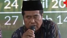 بالفيديو حسن الخاتمة: الموت يفاجئ أشهر مقرئ إندونيسي على المباشر