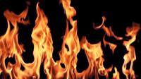 خسائر فادحة يخلفها حريق مهول التهم قرية للصيادين، وبحارة ينجون من الحادث