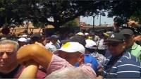 فيديو..متظاهرون يطردون زيان من مسيرة التضامن مع الريف بالرباط