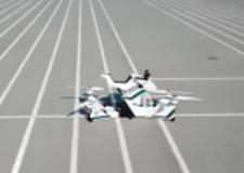 اختبار دراجة نارية طائرة في دبي