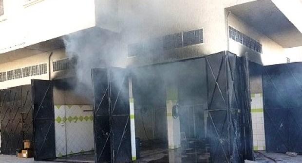 أكادير (+صور): نشوب حريق مهول بمحل لغسل السيارات يخلف خسائر جسيمة، و حالة من الذعر الشديد في نفوس الساكنة