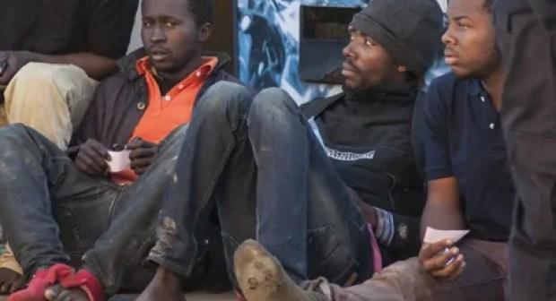 خطوات جديدة تلي عملية تفكيك المخيم العشوائي للمهاجرين الأفارقة بأكادير بتدخل جهات ديبلوماسية.