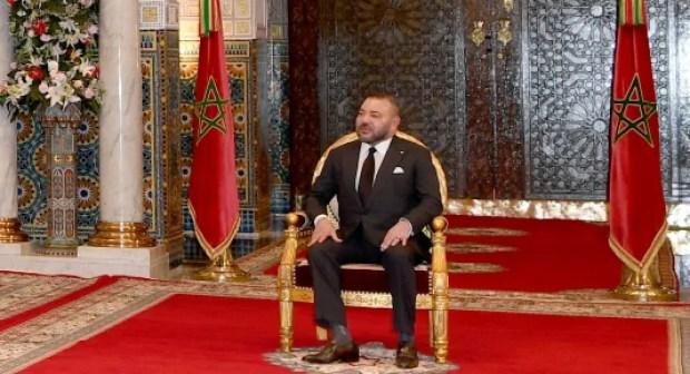 الملك يقصف رؤساء الجهات و يوجه لهم رسالة قوية