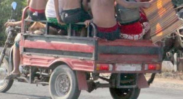 """أكادير:سائق """"تريبورتور"""" يقتل شابا ويلوذ بالفرار إلى وجهة مجهولة"""