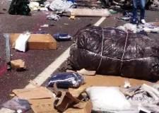 بالصور:خمسة قتلى بأكادير في حصيلة أولية لحادث اصطدام شاحنتين وارتطامهما بسيارتين بمنعرجات امسكرود