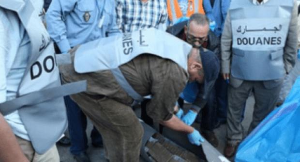 إجهاض عملية تهريب أطنان من الحشيش وسط شاحنة إنطلقت من أكادير.