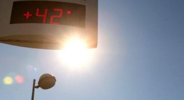 الأرصاد تتوقع موجة حر غير مسبوقة، و الحرارة تتجاوز 42 درجة وزخات رعدية غذا الجمعة