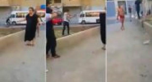 مشرمل مسلح بسيف يروع الساكنة و سيدة تمنع الشرطة من إطلاق الرصاص عليه و اعتقاله