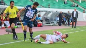 اتحاد طنجة يختطف نقاط المباراة من الحسنية ويلحق به أول هزيمة في قواعده