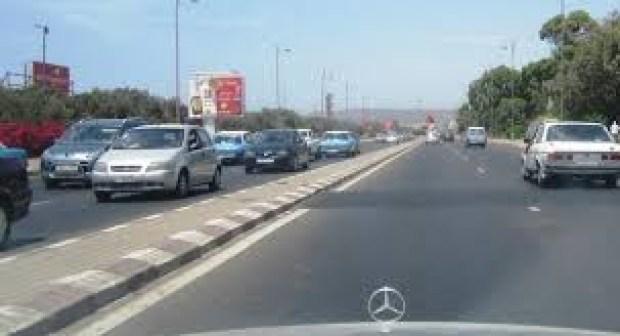 أمن أكادير يعتقل موظفا جماعيا أثناء تواجده داخل سيارة أجرة كبيرة في اتجاه انزكان