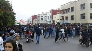إنزكان: احتجاجات التلاميذ بالدشيرة تتسبب في قطع خطوط الهاتف عن مؤسسات تعليمية ومنازل المواطنين.