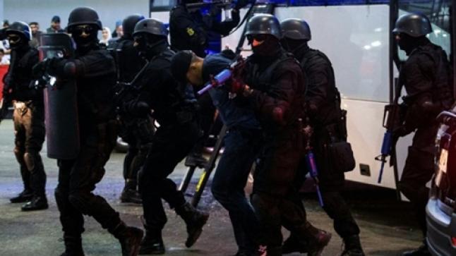 تفاصيل تفكيك خلية إرهابية خطيرة بالمغرب وحجز أسلحة نارية ومواد متفجرة