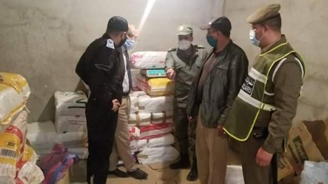 سلطات أولاد تايمة تحجز أطنان من الأكياس البلاستيكية الممنوعة داخل مستودعين سريين (صور)