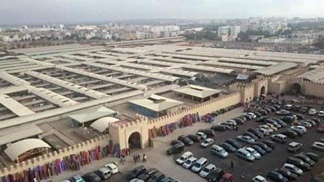 السلطات تقرر إغلاق سوق الأحد بأكادير بسبب تفشي فيروس كورونا