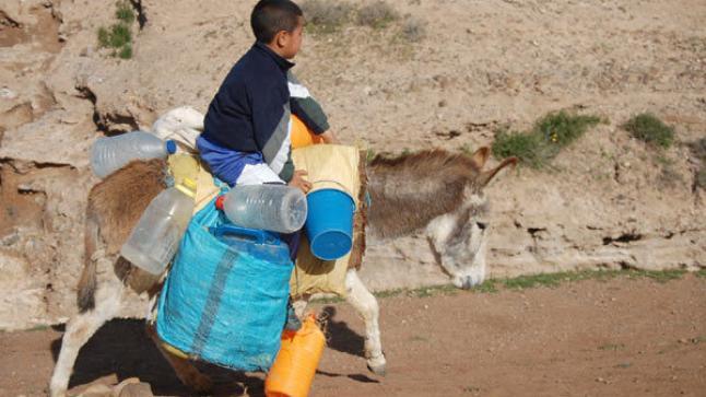 """إقليم تارودانت.. مواصلة عملية """"تويزي"""" الخاصة بتزويد العالم القروي بالماء الصالح للشرب"""