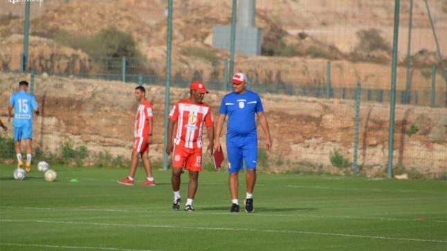 حنسية أكادير يواصل تجديد الفريق الأول ويتعاقد مع لاعبين آخرين