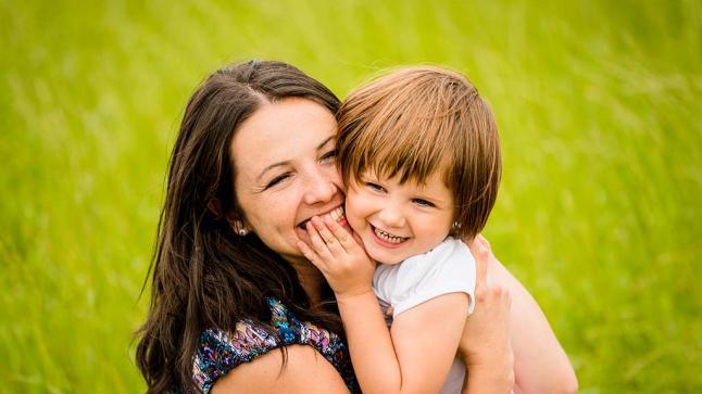 حقائق عن الابتسامة.. هل تعلم كم عضلة تتحرك في تلك اللحظة؟