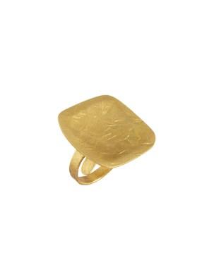 Χειροποίητο δαχτυλίδι από ορείχαλκοMinimal φανταστικό δαχτυλίδι, στολίδι για τα χέρια σας. Όλα τα κοσμήματα Agapi concept μένουν αναλλοίωτα αφού έχουν εμβαπτιστεί σε ειδικά βερνίκια. Ρυθμιζόμενη γάμπα για όλα τα μεγέθη. Τα δαχτυλίδια είναι από τα πολύ αγαπημένα κοσμήματα για τις γυναίκες, αφού έχουν το πλεονέκτημα να είναι ορατά ανά πάσα στιγμή και να στολίζουν όμορφα τα χέρια. Επιλέξτε αυτό που ταιριάζει καλύτερα στην προσωπικότητα σας και απογειώστε όλα σας τα outfit.