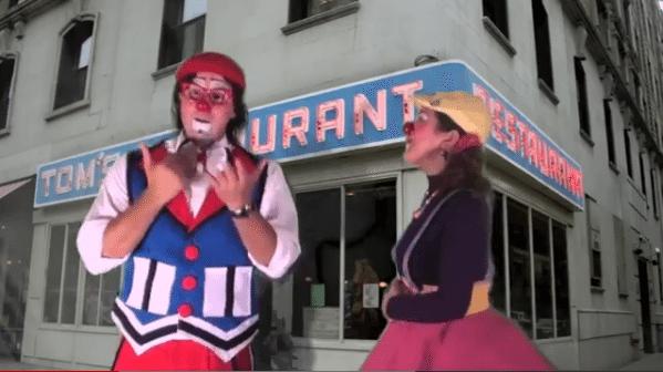 Video: En el Restaurante
