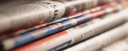 Stapel Zeitungen, Detail