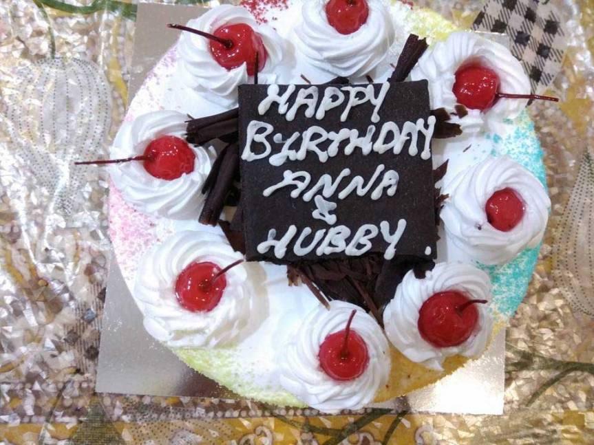 white-cake.jpg