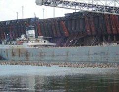 Ore-Boat-Loading