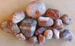Patty-and-Bob-agates-large