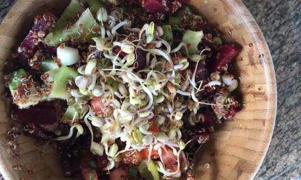Σαλάτα με παντζάρι και κινόα