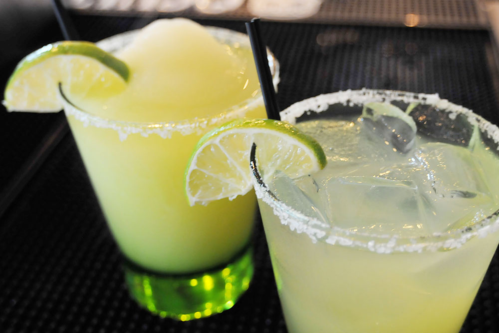 Refreshing Grapefruit Margaritas