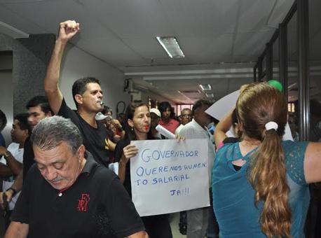 Banner protesto-aleac