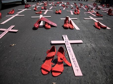 29-07-20-tjac-policial-penal-juri-feminicidio