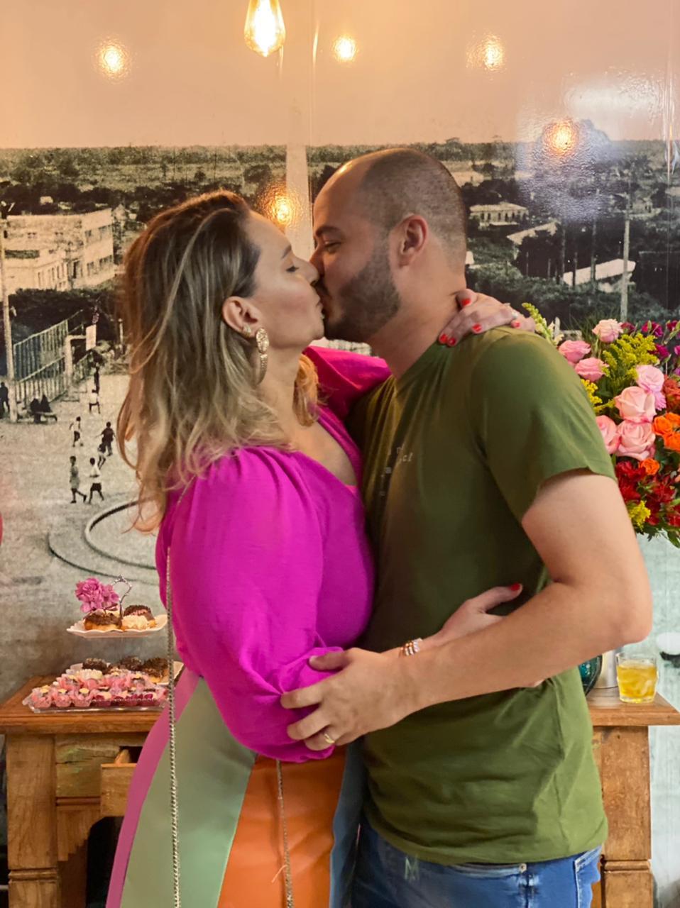 Com meu amor, meu marido Lucas Costa.