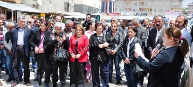 Elbistan'da Soma için eylem yapıldıElbistan'da Soma için eylem yapıldı