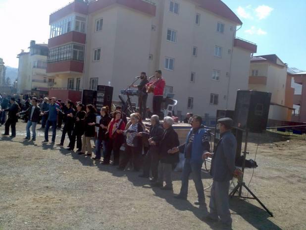 Elbistan Newroz`unda Cumhurbaşkanına hakaretten gözaltı oldu 3